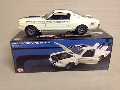 CARROLL SHELBY DRIVING SCHOOL 1965 FORD GT350 MUSTANG WHITE STRIPES ACME 1/18