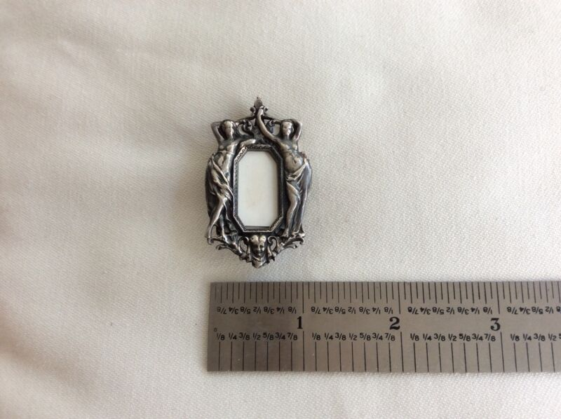 Art nouveau  style Sterling Silver Brooch Pin Miniature Photo Frame 12.2 gram