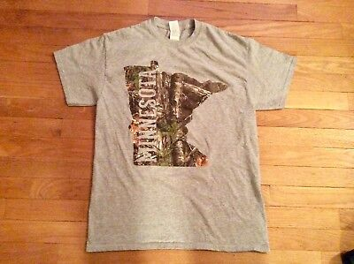 - Real Tree Minnesota Medium T Shirt Grey/Camo Excellent Cond State Outline Design