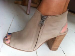 Eos taupe leather heels boots 37 AS NEW Peterborough Corangamite Area Preview