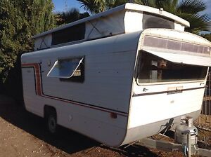 1978 Chesney Playmate Caravan Wallaroo Copper Coast Preview