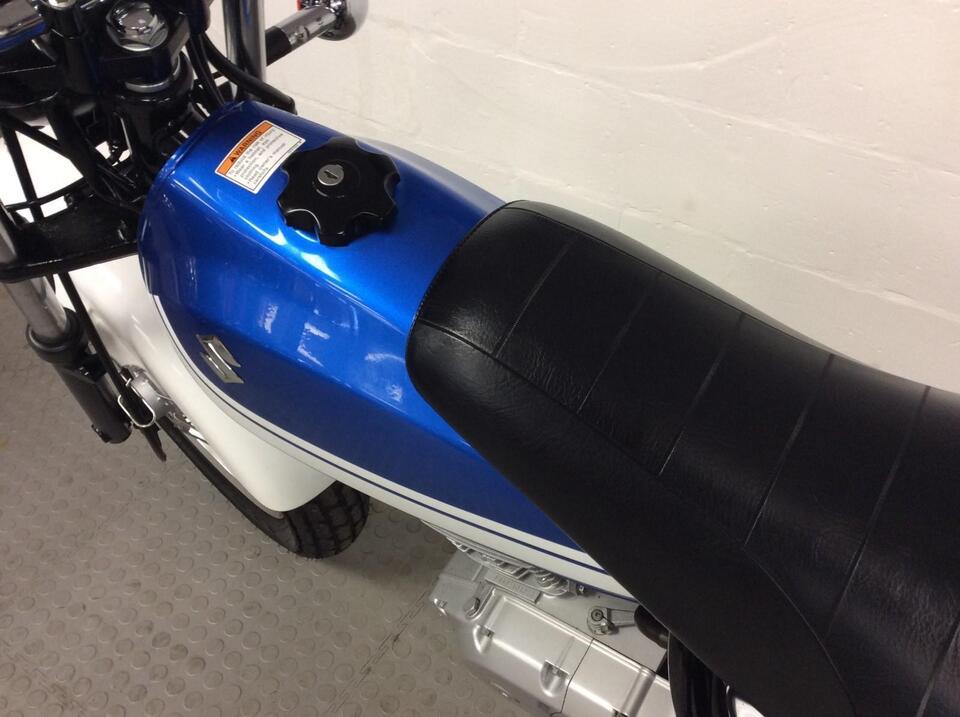 Suzuki RV 125 RV125 L6 VAN VAN 2016 / 16 - Low Mileage - 980 miles