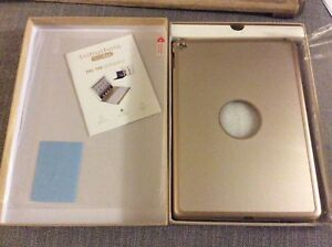 iPad Air 2 Metal Case and keyboard