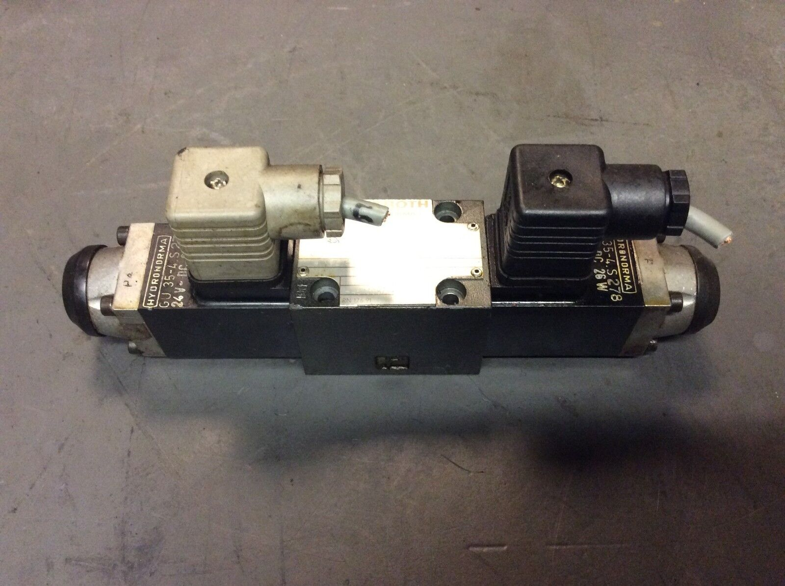 Rexroth Hydronorma Valve, 4WE 6 D51/OFAG24NZ4, 24 VDC, Used, WARRANTY