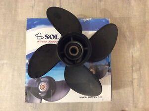 Suzuki DF140 outboard propeller
