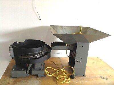Hendricks Engineering Vibratory Feeder System 15 Bowl W 23.5 Hopper 110120v