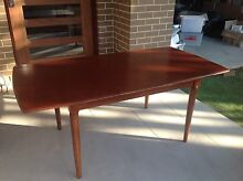Extendable dining table Bilgola Pittwater Area Preview