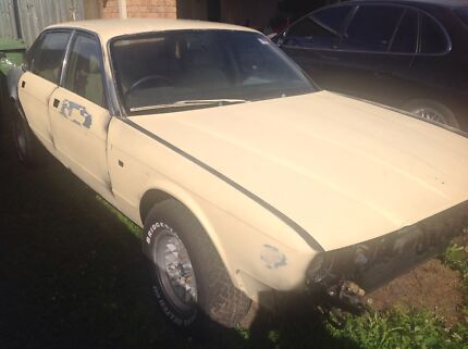 Jaguar 1987 XJ40 PROJECT CAR Rothwell Redcliffe Area Preview