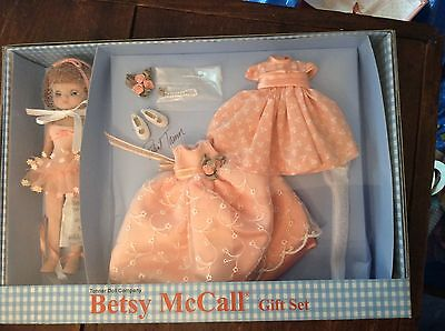 TONNER BETSY MCCALL JUST PEACHY BMCL9210 Gift Set 2002 MIB