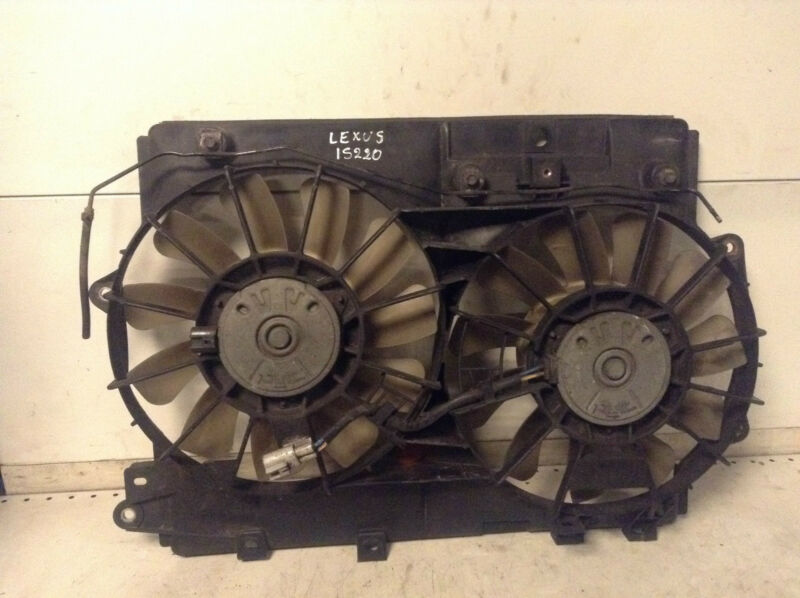 Lexus IS220D IS 220 D radiator cooling fan 16363-26070