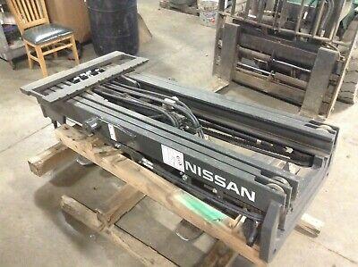 Nissan 59110-fd62b 80 3 Stage Mast Fork Lift Cp1f2-9p7016 59210-fd602 Tsc