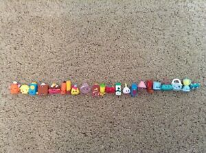 Shopkins play toy