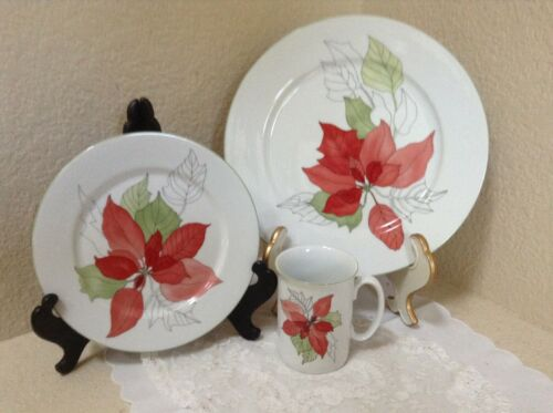 BLOCK POINSETTIA THREE PIECE PLACE SETTING EUC