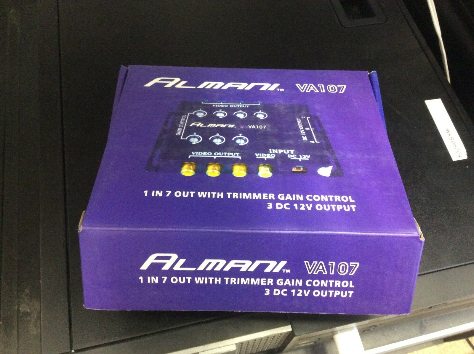 1 in 7 out Video Output with Trimmer Gain Control 3DC 12V Output ALMANI  #7227