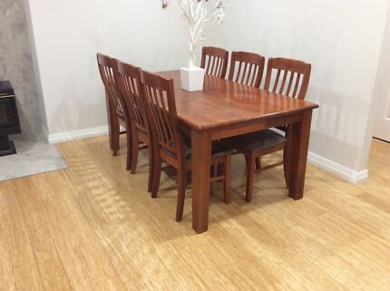 Dining table Marangaroo Wanneroo Area Preview