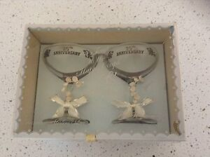 Vintage 25 Yr anniversary glasses in original box Sippy Downs Maroochydore Area Preview