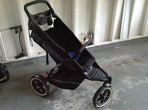 Deluxe stroller for sale