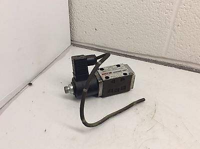 Nachi Solenoid Operated Directional Valve, SA-G01-A3X-D2-8380A, NEEDS SOLENOID