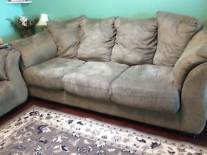 2 Gray couches