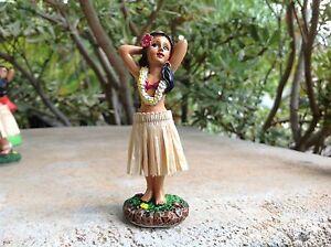 Dashboard Aloha Doll Hula Girl Hawaiian Car Dance Polyresin 4