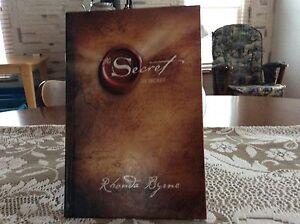 Livre Le Secret écrit par Rhonda Byrne Saguenay Saguenay-Lac-Saint-Jean image 2