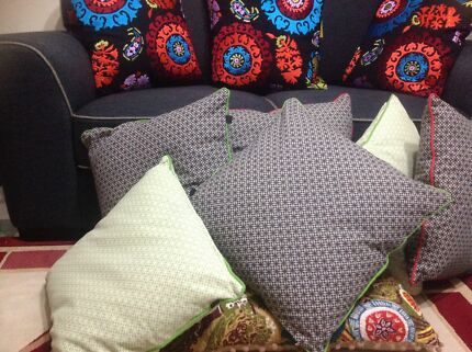 Fashion cushion Roxburgh Park Hume Area Preview