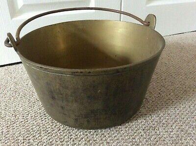 ANTIQUE HEAVY BRASS PLANTER / JAM POT / COAL / KINDLING STORE WITH IRON HANDLE