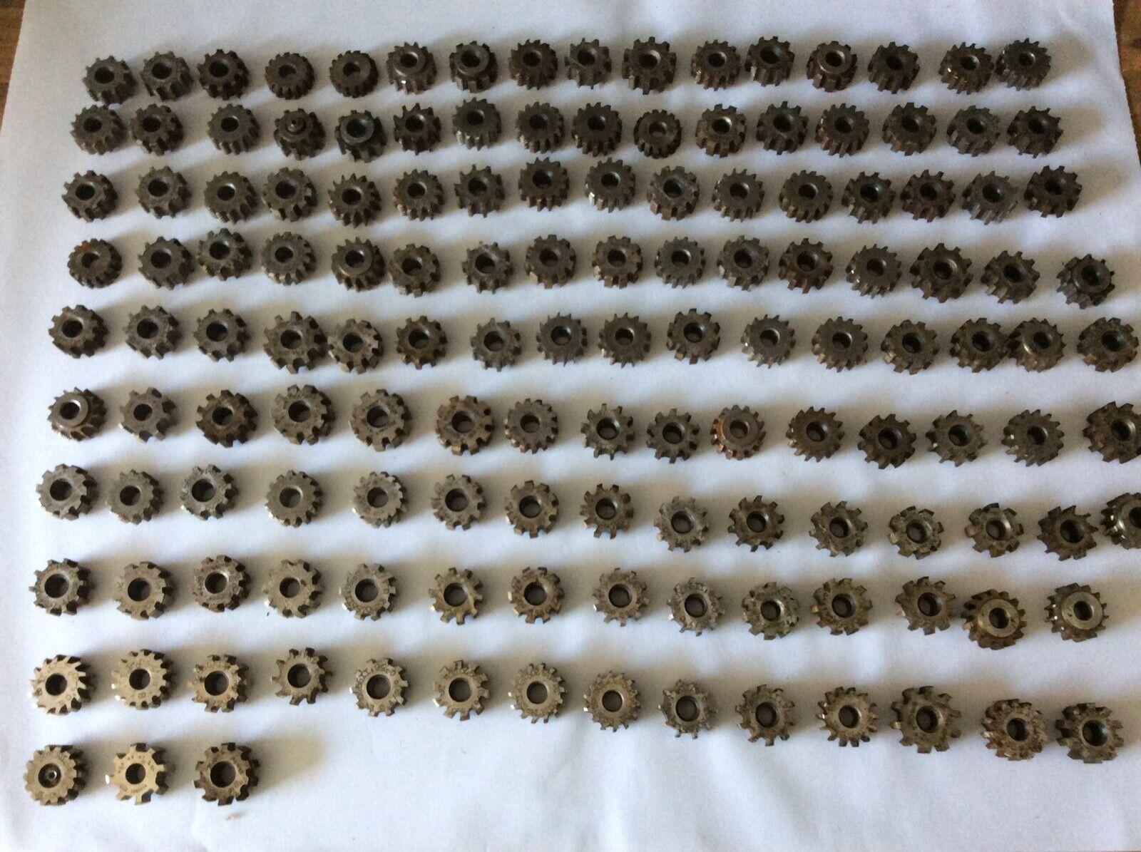 PWS Uhrmacher Zahnradfräser Wälzfräser Modulfräser Konvolut Modul 0,3 bis 0,7