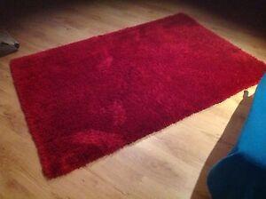 Red floor rug Kallaroo Joondalup Area Preview