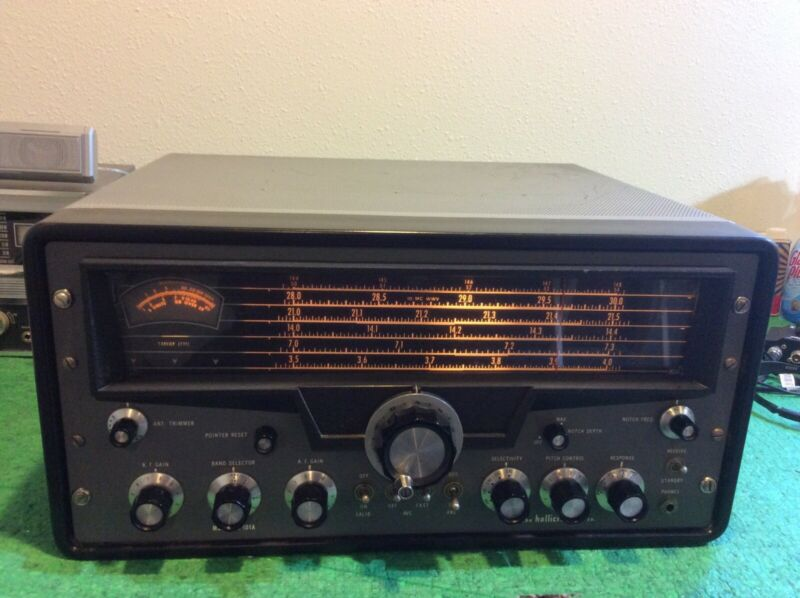 Hallicrafters SX-101A Communications Receiver Great Condition w/ Crystal Cal
