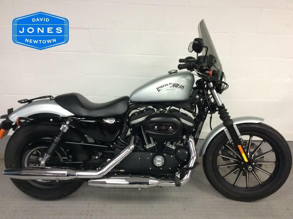 Harley Davidson XL 883 XL883 N IRON 15 2016 / 16 - Low Mileage