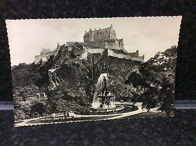 727. Edinburgh Castle and Ross Fountain Postcard