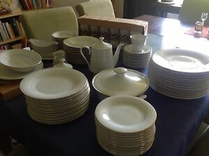 12 person dinner setting Churchlands Stirling Area Preview