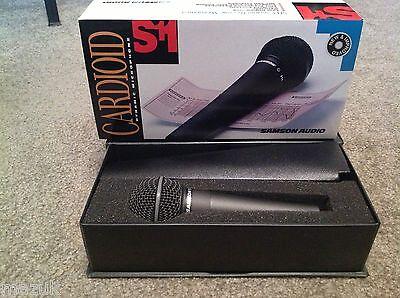 Samson Audio S11 Cardioid Dynamic Microphone Handheld Brand