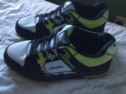 Skater shoes - Heeleys