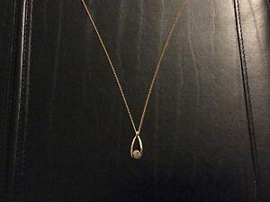Pretty Opal Pendant & Chain Armidale Armidale City Preview