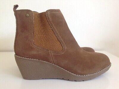 Khombu Chestnut Zip Side Suede Wedge Ankle Boots Size UK 8 Memory Foam Insoles