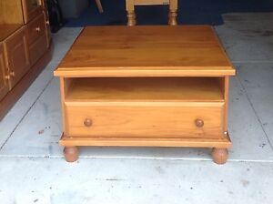 Baltic Pine Coffee Table 2 Drws + shelf Scarborough Stirling Area Preview