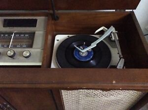 Vintage Viking stereophonic hifi, works well