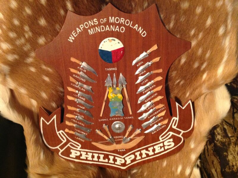 Vintage Philippines Weapons of Moroland Mindanao Shield Wall Plaque