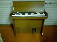 YAMAHA CN-70 VINTAGE KEYBOARD / ORGAN ( IN MINT CONDITION) Manly Manly Area Preview