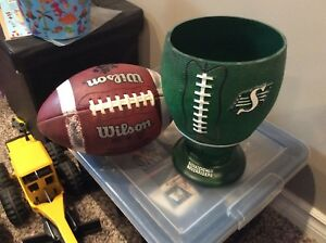 Saskatchewan Roughriders party bowl display CFL football $20