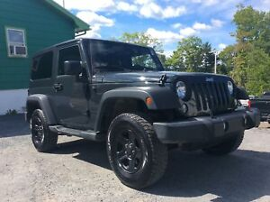 2016 Jeep Wrangler LOW MILEAGE - MANUAL TRANSMISSION - BLUETOOTH