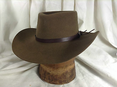 Vintage The Australian Outback Collection Sydney and Denver Sage Green/Brown 7