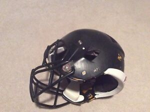 Football helmet (Riddell Speed L)