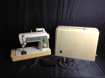 Singer Model 648 Sewing Machine Touch And Sew Special Zig Zag With Foot Pedal