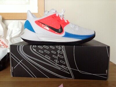 Nike 'Kyrie Low 2' - Size UK 9 Brand New In Box