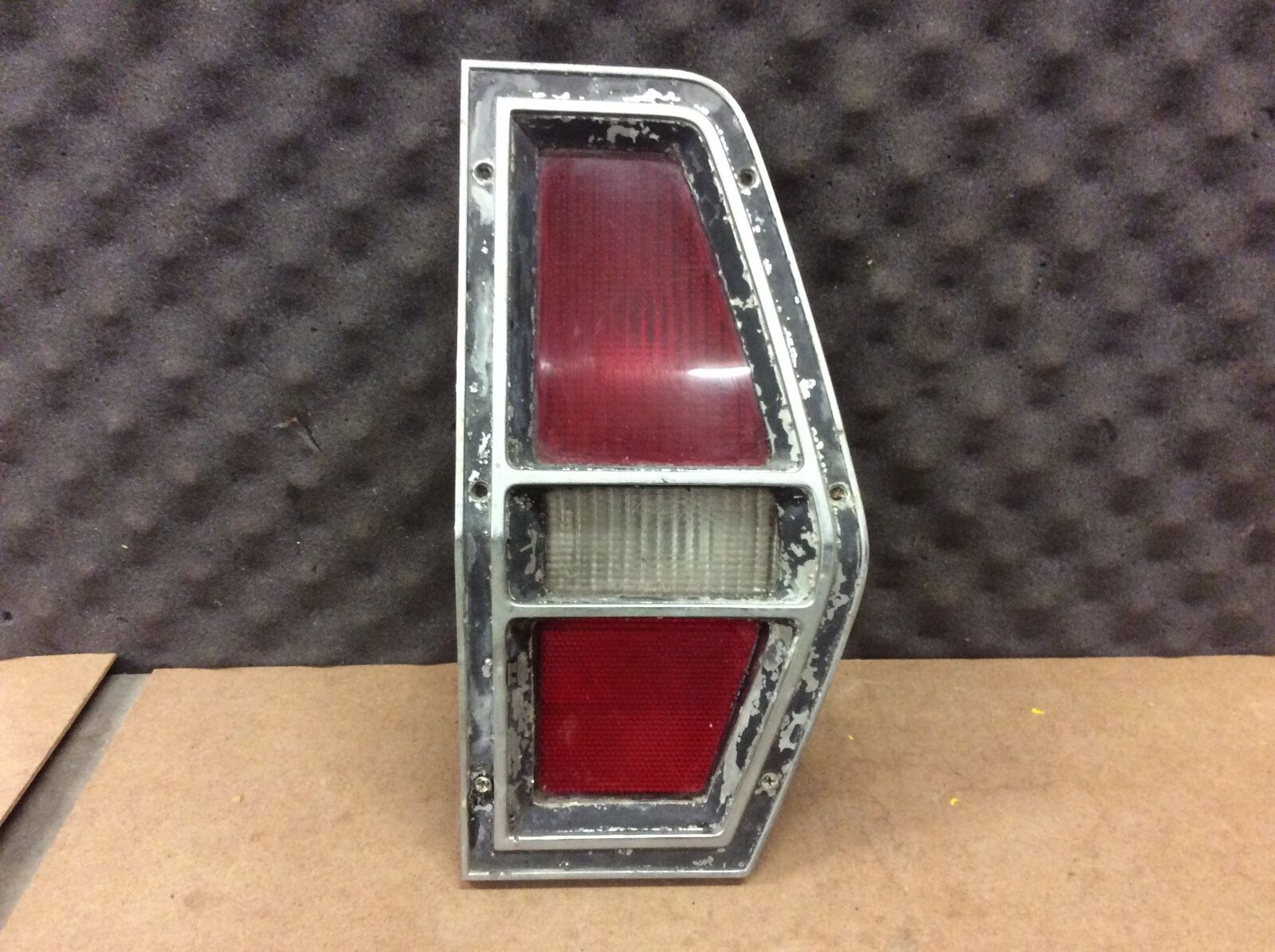 Vintage 72-77 FORD Pinto Wagon RIGHT PASSENGER SIDE TAILLIGHT TAIL LIGHT (RH)
