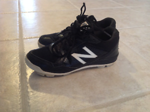 New Balance Youth Baseball Shoes