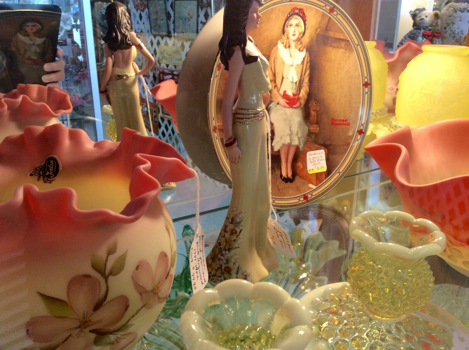 Avalon Antiques and More